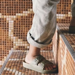 Claquettes kaki Moses